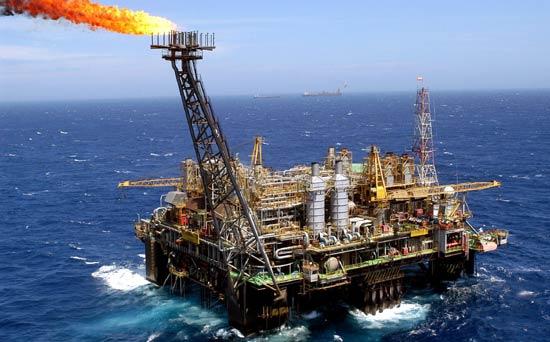 Albero Di Natale Petrolio.Petrolio