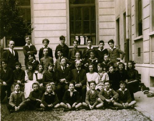 foto di classe in B/N