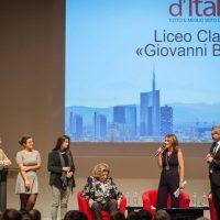 Il Bello di Milano: Gli studenti del liceo Berchet di Milano premiati con 100 libri per la biblioteca della loro scuola
